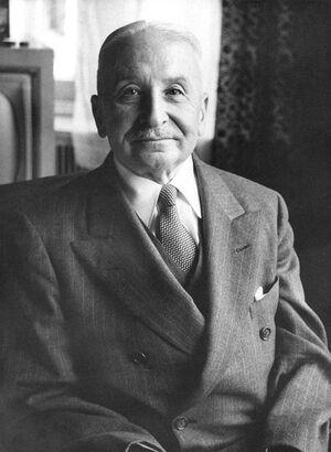 439px-Ludwig von Mises
