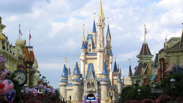 File:Castle 1.jpg