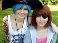 Pirate Chloe and Max by Harikaw & Faithcael Cosplay