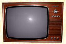 LOM S1 E4 television