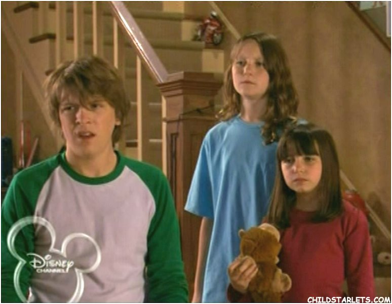 CHARITY: Are casey and derek from life with derek dating