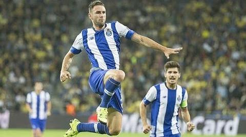 Miguel Layún - Passing Genius - Goals & Assists ● 2015-2016