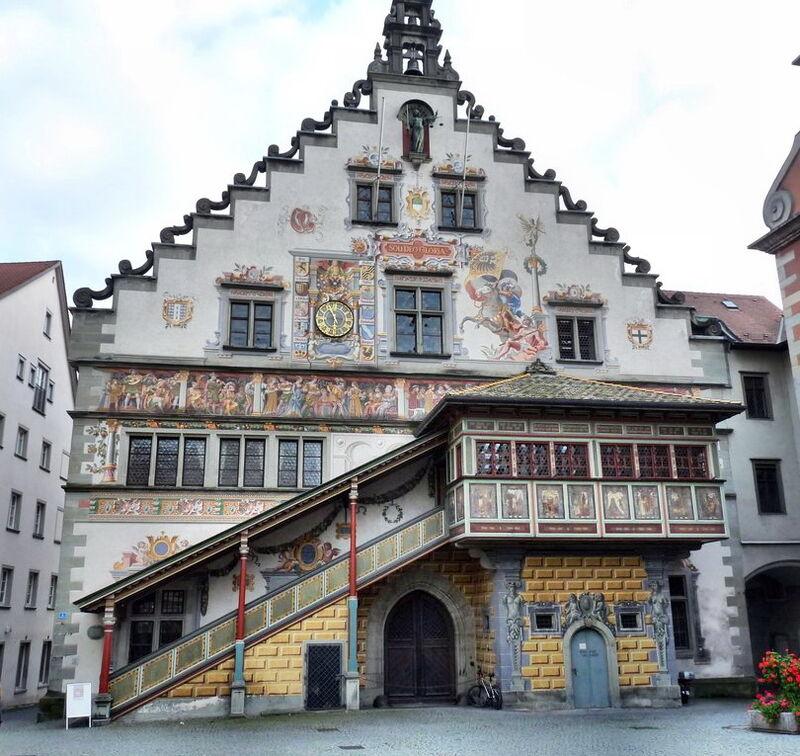 Rathausseite-zur-MaxiStraße