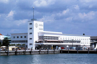 Hafenbahnhof-Zeppelinmuseum