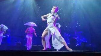 """Lindsey Stirling """"Sleepwalking"""" LIVE - Artemis Tour"""
