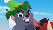 Timon-and-pumbaas-christmas (119)