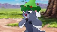 Timon-and-pumbaas-christmas (523)