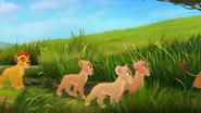 Fuli's-New-Family (457)