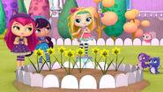 116-dancing-daffodils-16x9