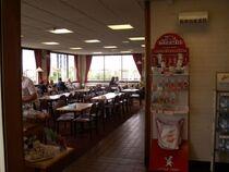 800px-Sutton Scotney southbound restaurant