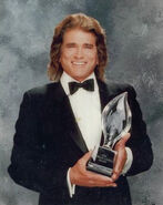 Peopleschoiceawards-michaellandon