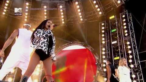 Little Mix - Move (MTV Crashes Plymouth 2015)