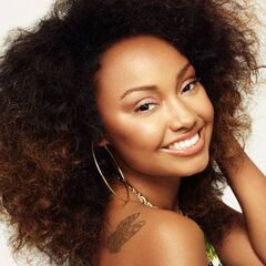 Leigh-Anne wearing her day makeup