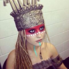 Perrie as salute warrior