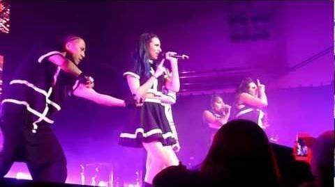 Little Mix (HD) - DNA (Live, DNA Tour 2013, Royal Concert Hall, Nottingham)