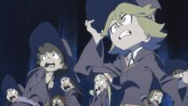 Students see the unleashed dragon LWA