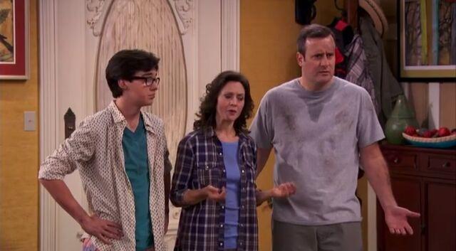 File:Joey, Karen and Pete.jpg