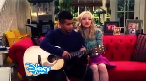 Liv and Maddie - Homerun-A-Rooney - EXCLUSIVE Clip -2