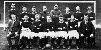 LiverpoolSquad1932-1933