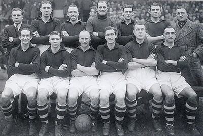 LiverpoolSquad1937-1938