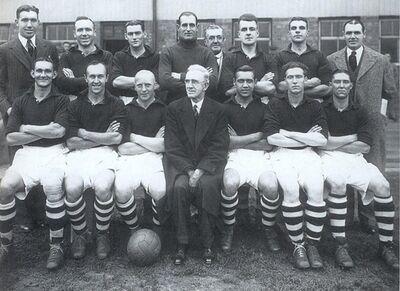 LiverpoolSquad1938-1939