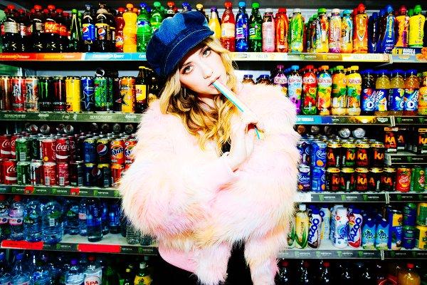 File:LIZ standing in front of soda.jpg