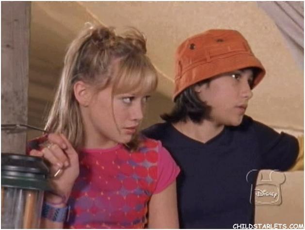 File:Lizzie and Miranda in When Moms Attack 1.jpeg