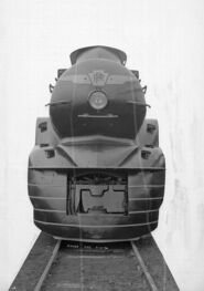 PRR K4 3768 front view with square opening