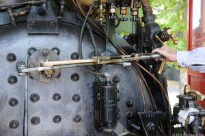 Adjusting the throttle 620x412