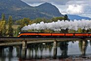 SP 4449 crossing Clark Fork River just south of Lake Pend Oreille, Oct 2004