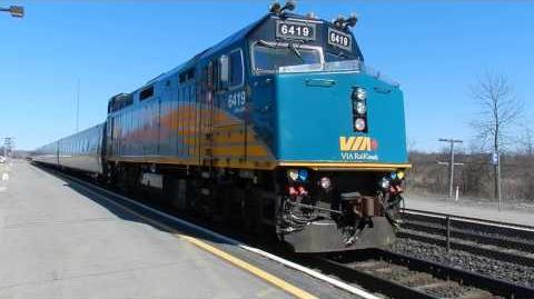 VIA Train 61 departing Kingston Railway Station