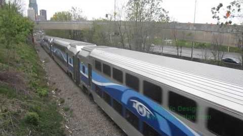 Train Thursday - AMT ALP-45DP 1367 - Rush Hour