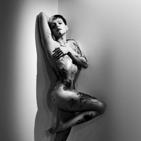 Yara's nude photoshoot