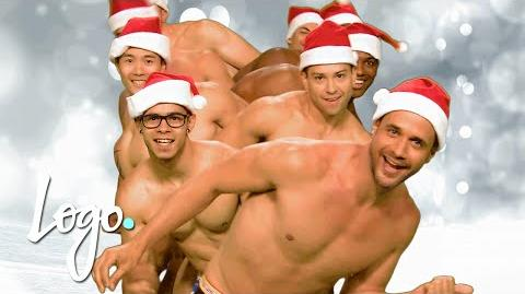 'Merry Christmas' w Pit Crew & Your Fav Queens