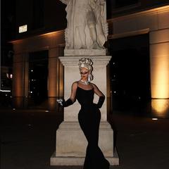 Unaired Bond Girl Glamourama Look