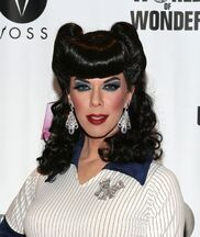 Kelly mantle1