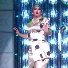 Madonna Rusical Look