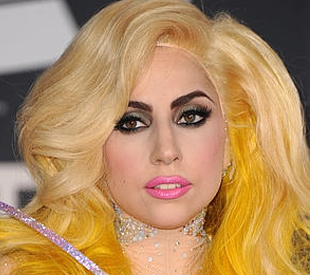 File:SnatchGame PhiPhiOHara Gaga.jpg