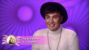 TheVivienneConfessionalLook