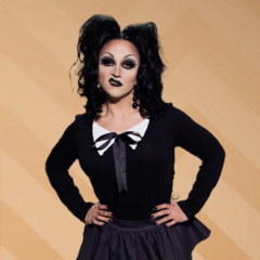 Kitty Girls Group Look - Goth Kitty