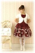 Classic Lolita (Innocent World)