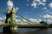 Hammersmith Bridge 2008 06 19