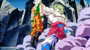 640px-Goku vs. Broly 3