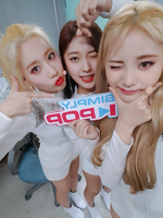 ODD EYE CIRCLE Sweet Crazy Love Simply Kpop 3