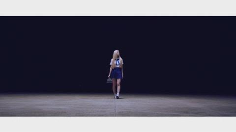 "Teaser 이달의 소녀 진솔 (LOONA JinSoul) ""Singing in the Rain"""