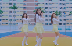 LOONA 1-3 Love & Live MV 44