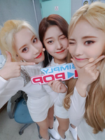 ODD EYE CIRCLE Sweet Crazy Love Simply Kpop 2