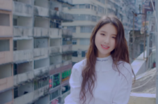 LOONA 1-3 Love & Live MV 43