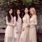 LOONA 1-3 Love and Evil group photo 2