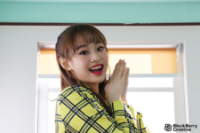 Chuu single behind the scenes 16